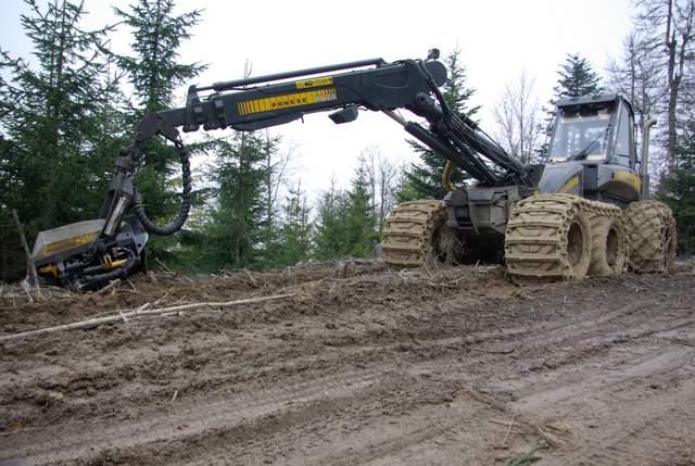 ciągnik,  karczowanie lasów