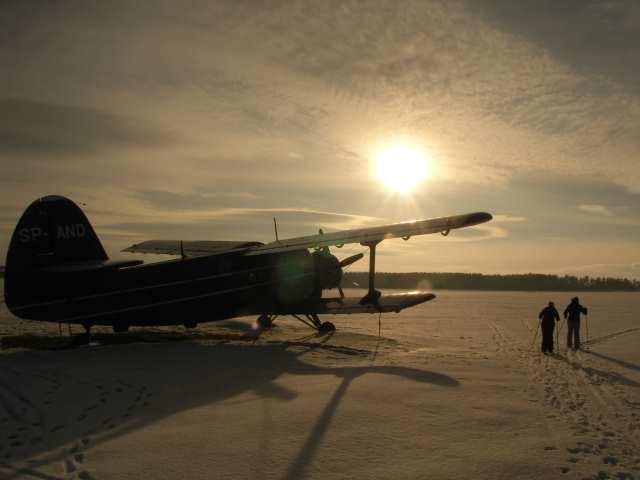 Nowy Targ, lotnisko, samolot, narciarze biegowi