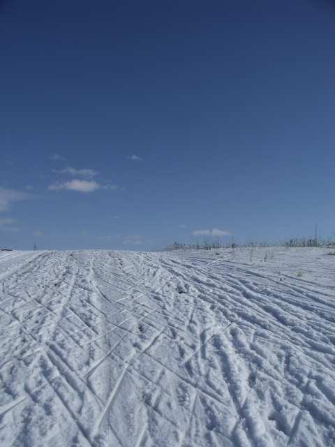 Szklary, podbieg na nartach biegowych