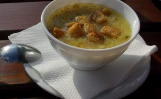 zupa-czosnkowa