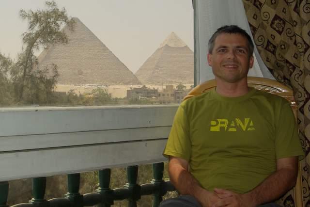 hotel z widokiem na piramidy