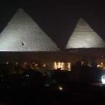 Piramidy-noca
