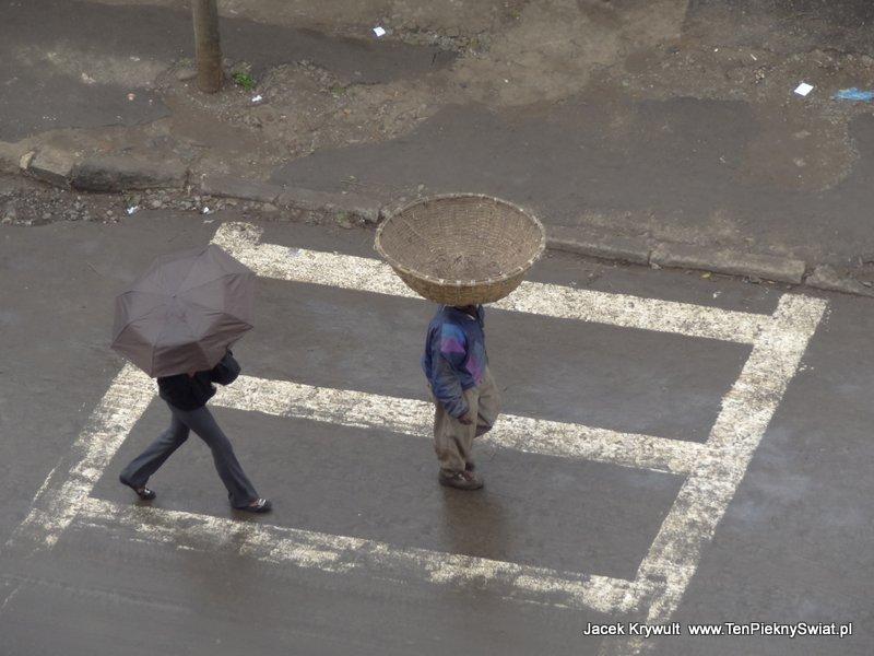 noszenie na głowie Addis Abbeba Etiopia ethiopia