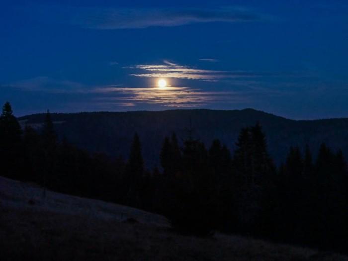 Gorce w świetle Księżyca