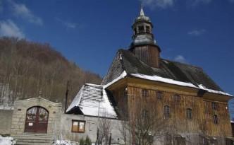 drewniany-kosciol-Nowa-Bystrzyca