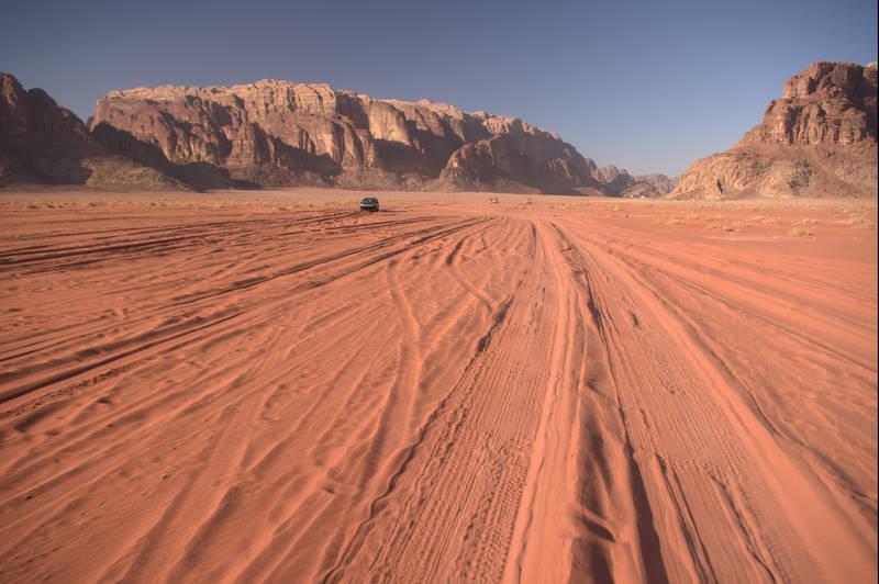 Wadi Rum, pustynia Jordania, jeep safari