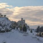 zamek-Mirow-w-zimie