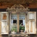 okno-kurpiowskiej-chaty