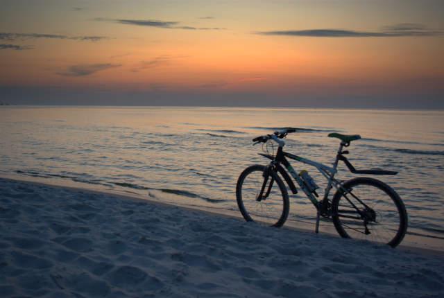 rower nad morzem