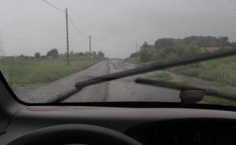 droga-w-deszczu