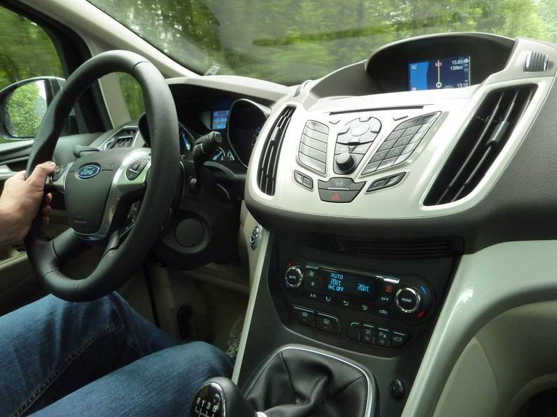 Ford C-Max testy