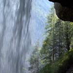 wodospad-pericnik-od-srodka