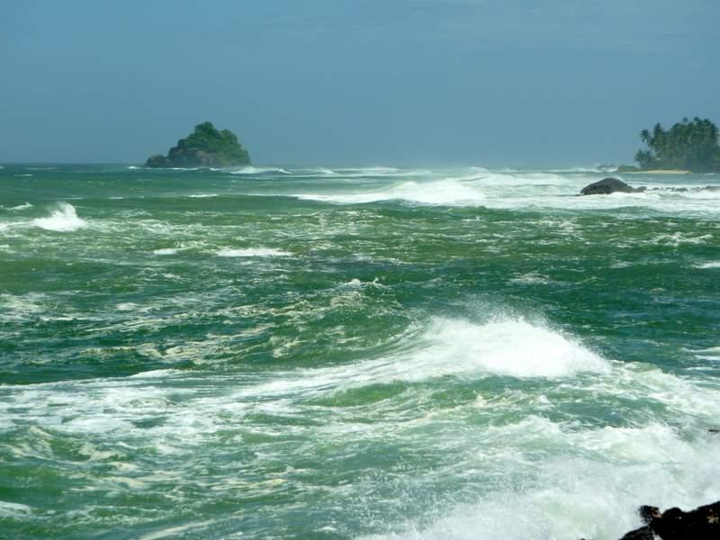 Ocean Indyjski fale