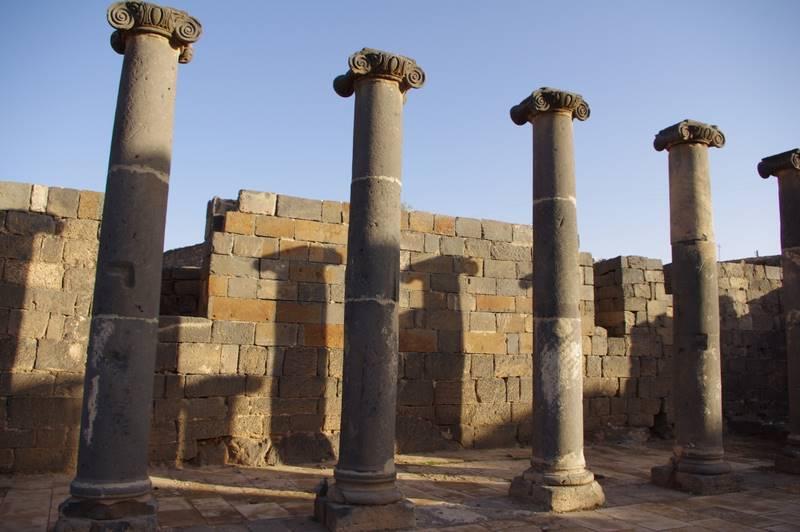 Bosra UNESCO, bazaltowe miasto