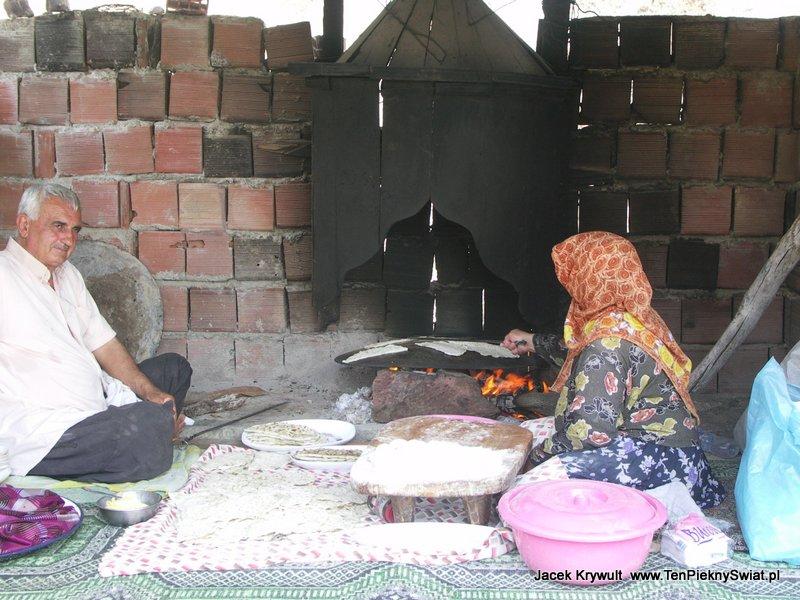 tradycyjne placki, chleb