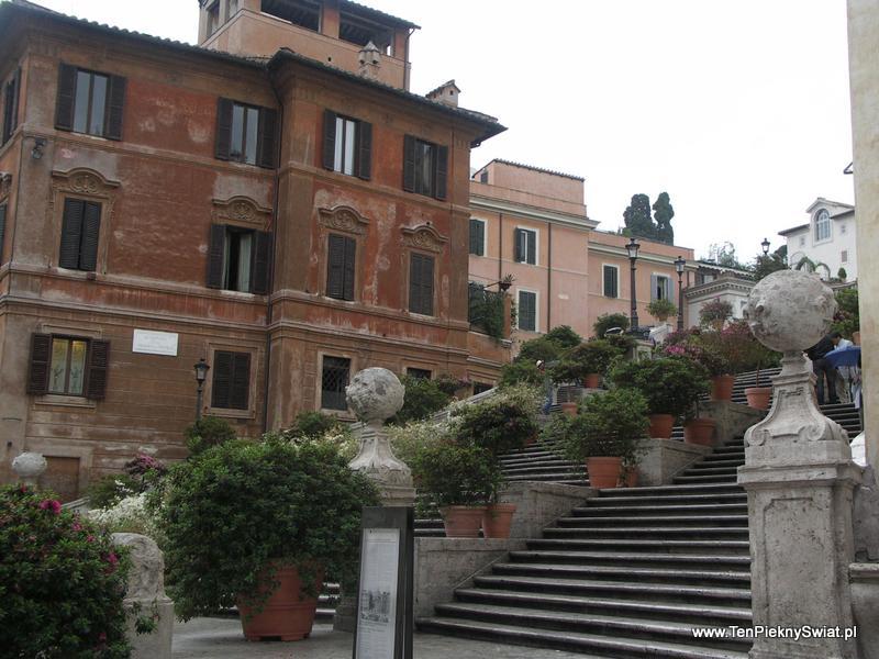 Schody Hiszpańskie, Plac Hiszpański Rzym
