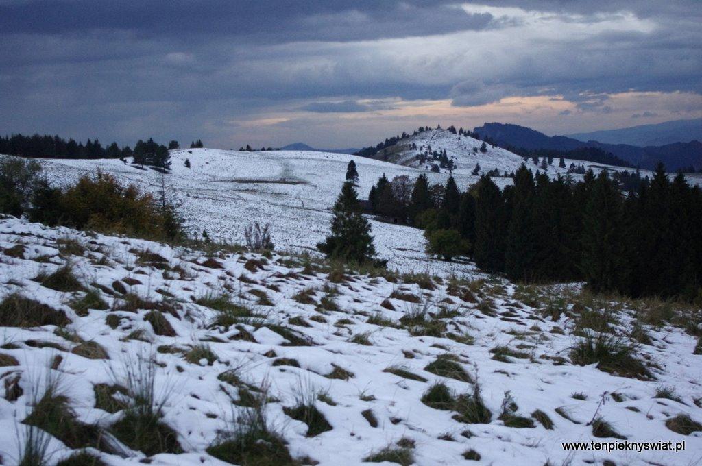 Bałwan Ze śniegu W Wykonaniu Faceta