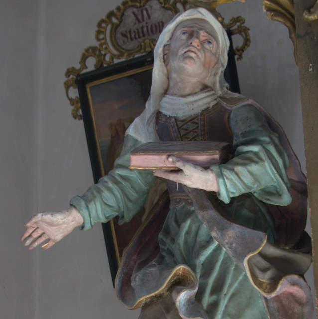 Drewniana figura św. Anny