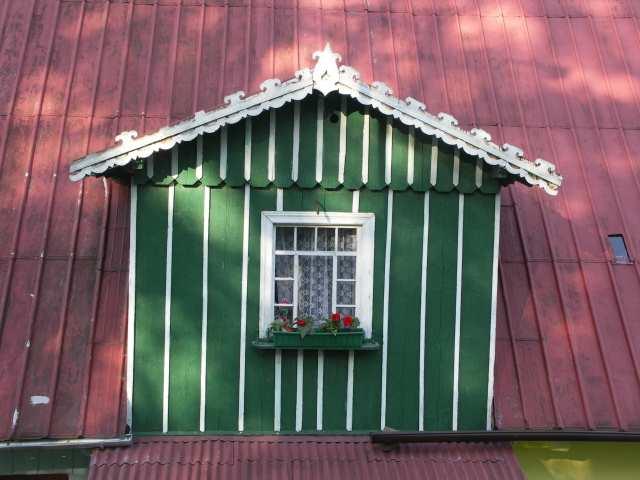 Pasterka, malowane okno
