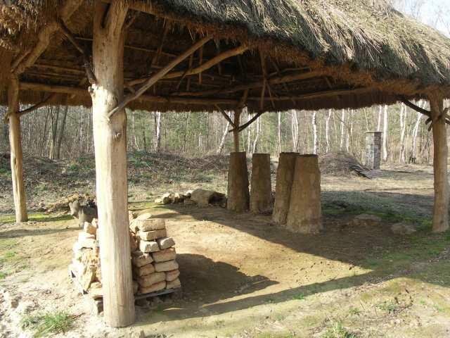 Dymarki, miejsce imprezy Żelazne Korzenie