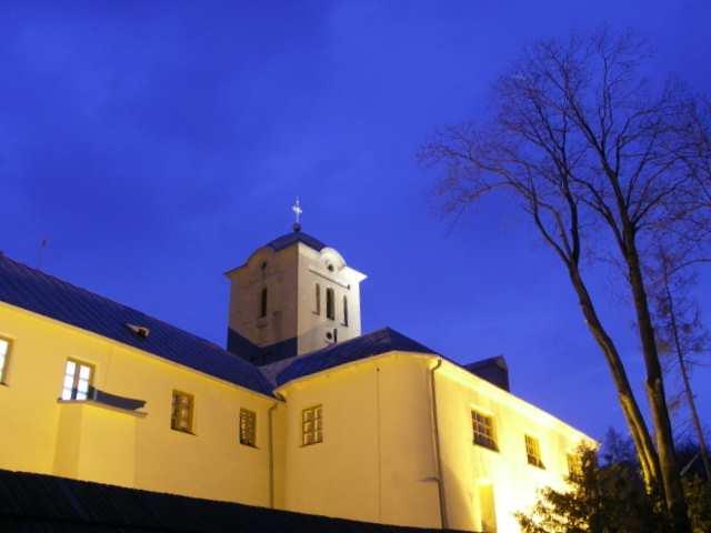 Święta Katarzyna, klasztor nocą
