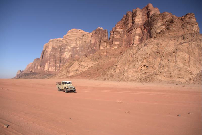 Wadi Rum pustynia, Jordania, jeep safari