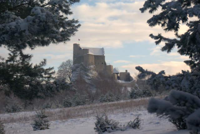 Bobolice, widok na zamek
