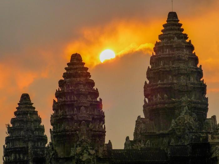 wieże świątyni Angkor Wat Kambodża