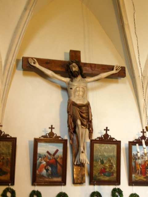 Jezus Chrystus na krzyżu ufundowanym przez Jana Długosza