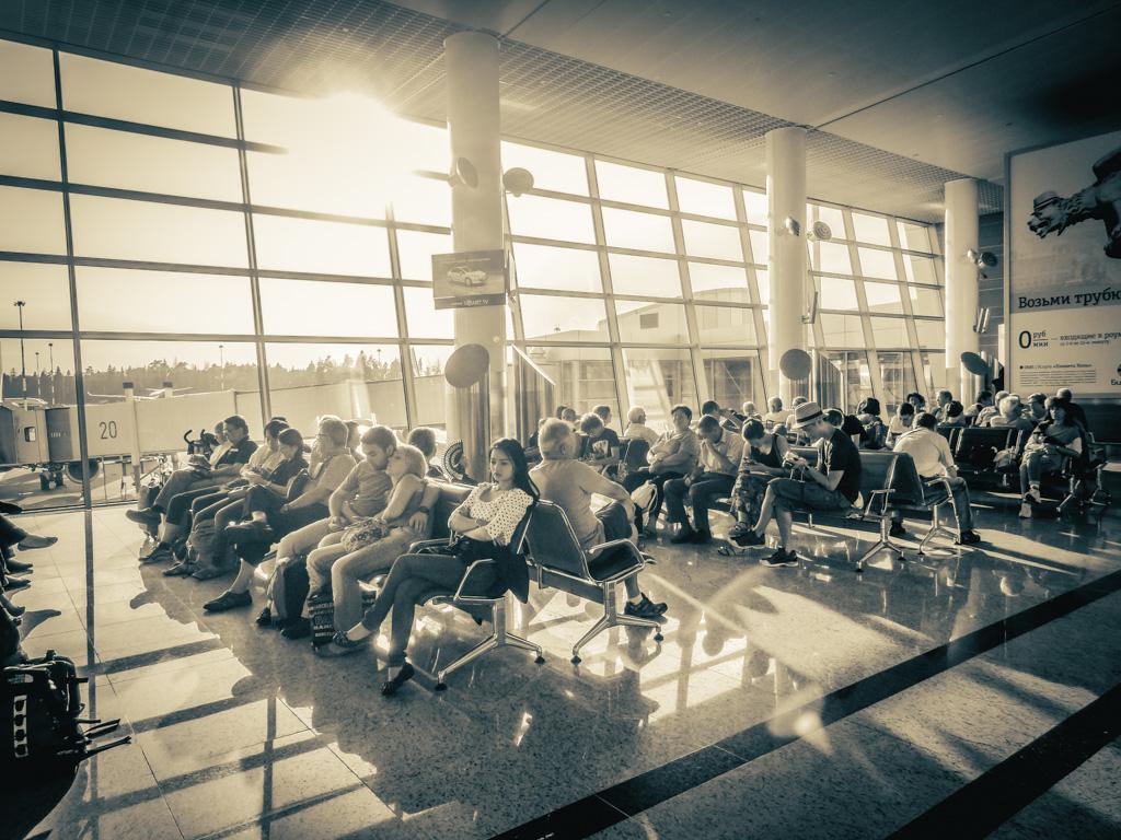 poczekalania na lotnisku w Moskwie
