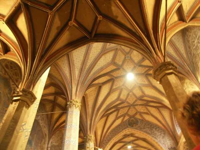 Rożnawa, katedra