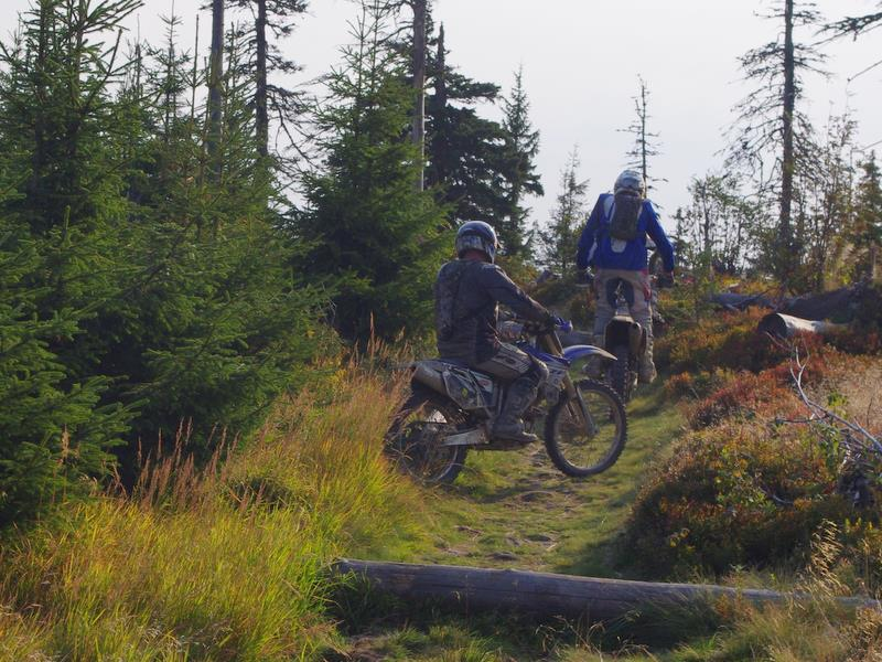 motocykliści na szlaku
