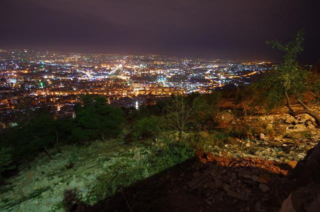 Damaszek nocą, stolica Syrii
